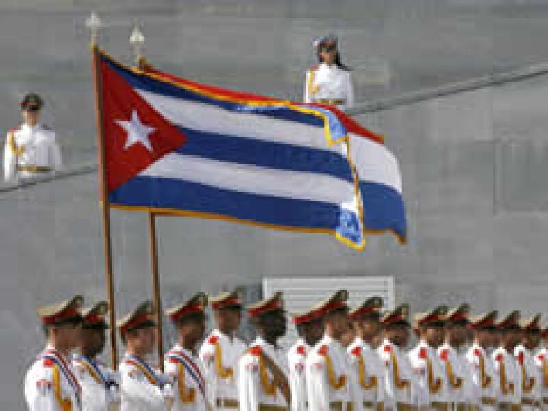 El acuerdo que podría significar el retorno de la isla a la OEA. (Foto: Reuters)