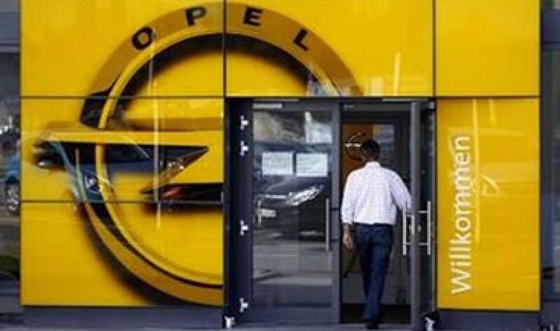 Algunos medios alemanas dijeron que GM buscaba vender Opel a una firma China. (Foto: Reuters)