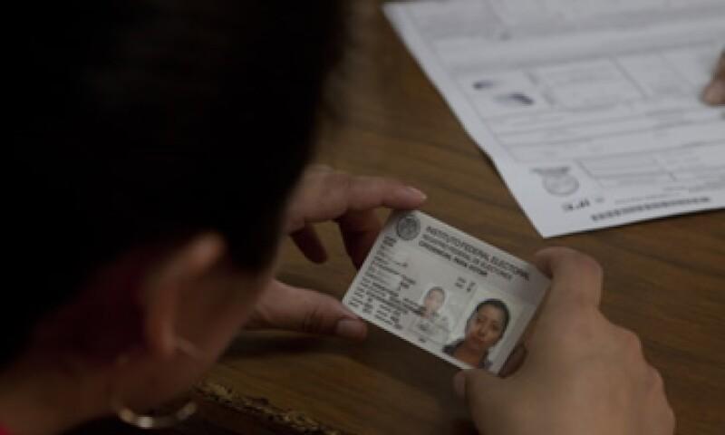 Transparencia Mexicana, organización de la sociedad civil, continuará participando en la licitación como testigo social. (Foto: Cuartoscuro)