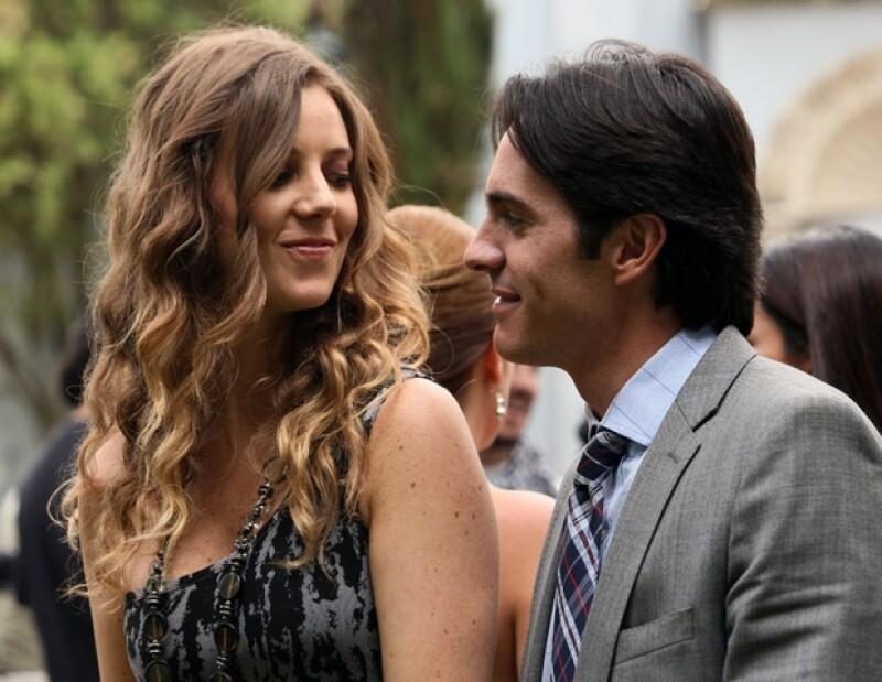 La actriz mexicana afirmó que desde hace tiempo concluyó su relación sentimental con el actor Mauricio Ochman, pero quedaron como buenos amigos.