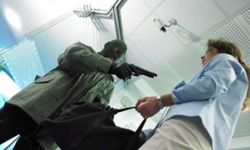 En el 2013, el 33.6% de las unidades económicas del país fueron víctimas de algún delito. (Foto: Getty Images)