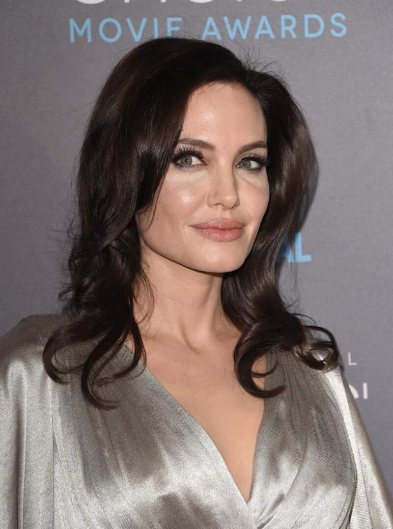 Angelina fue uno de las celebridades que se mantuvo por debajo del radar para apoyar a Free The Nipple.