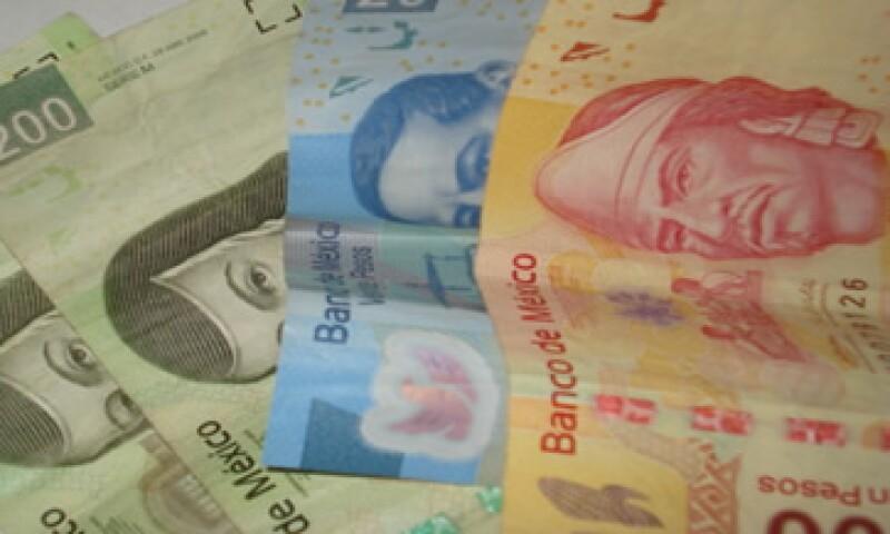 En su valor 24 horas, la moneda mexicana avanzó 7.74 centavos. (Foto: Photos to Go)