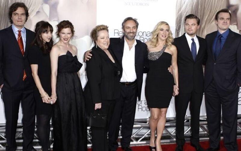 """La pareja de actores acudió a la premier de 'Revolutionary Road"""" en Los Ángeles, esta cinta se rodó 11 años después de que ambos compartieran créditos en la galardonada 'Titanic'."""