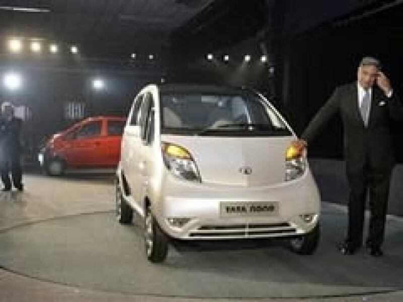 El año pasado Tata lanzó el auto más barato del mundo a 2,500 dólares. (Foto: Archivo)