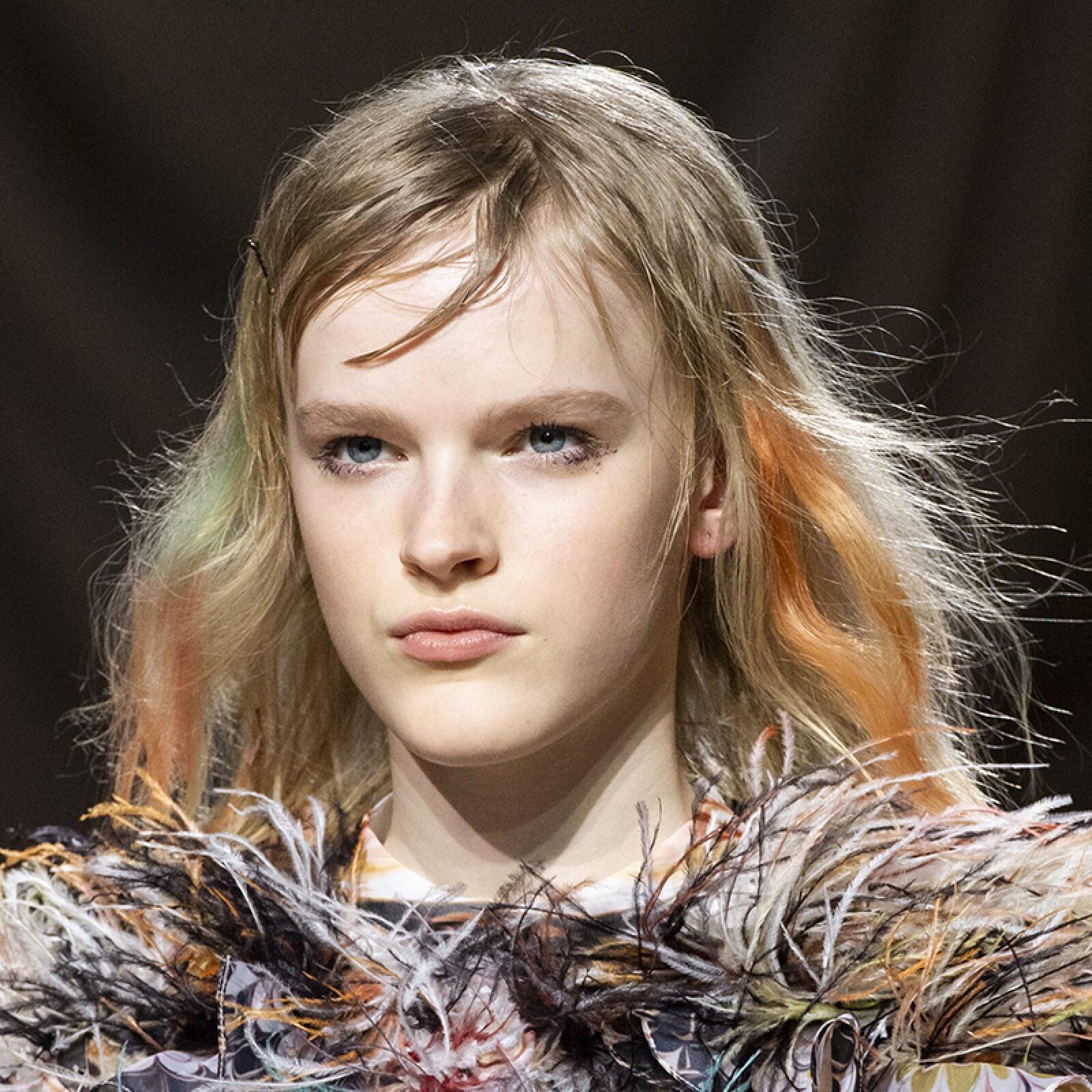 lfw-fashion-week-runway-beauty-looks-maquillaje-marykatrantzou