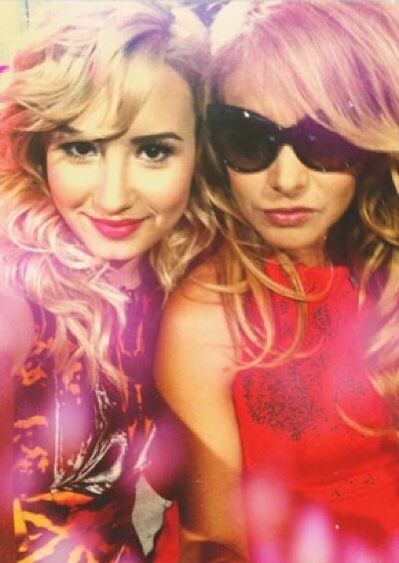 Demi y Paulina se conocieron en The X Factor y allí surgió una gran amistad.