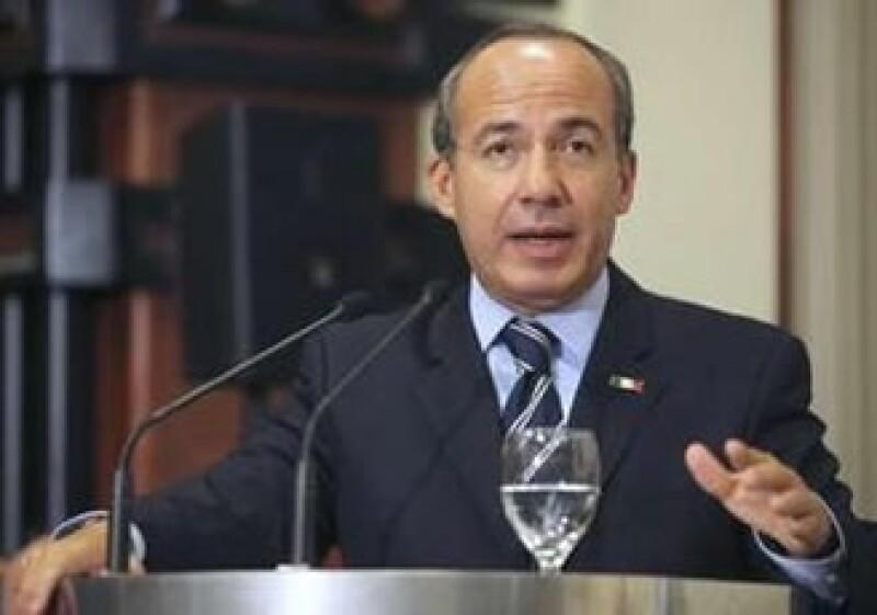 El mandatario mexicano, Felipe Calderón, realiza una visita por Uruguay y otros países de Sudamérica. (Foto: Reuters)