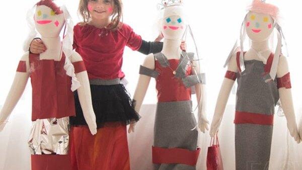 Mayhem tiene cinco años y ya es un fenómeno en Instagram por modelar vestidos de papel de los mejores red carpets del planeta. En esta ocasión, la gala del Met no podía quedar fuera de su radar.