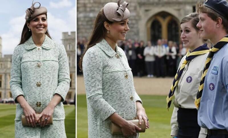 Kate lució como nunca su pancita de casi 6 meses en un lindo vestido color menta.