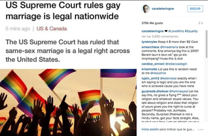 Cara Delevingne dio a conocer la noticia con el hashtag, Love Wins y Equiality.