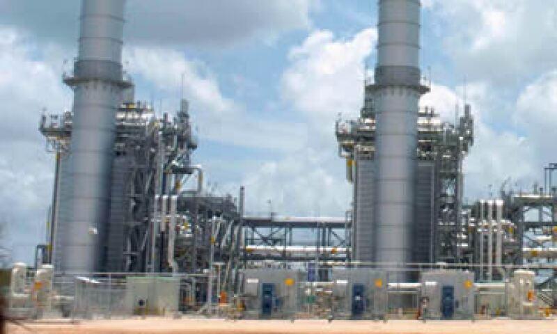 El Gobierno estima una inversión por 23,790 mdd en centrales eléctricas en los próximos tres años. (Foto: Cuartoscuro )