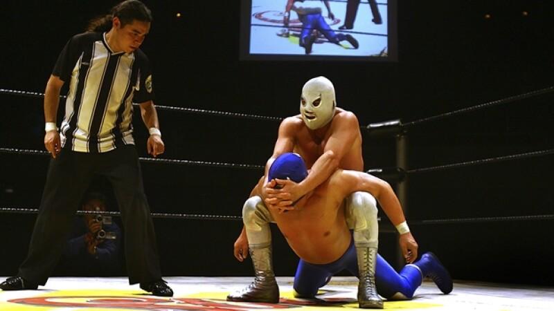 lucha libre santo blue demon