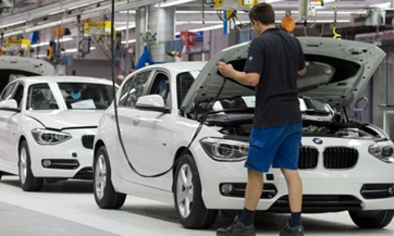 Los fabricantes alemanes de autos de lujo eran considerados casi invulnerables a la crisis. (Foto: AP)