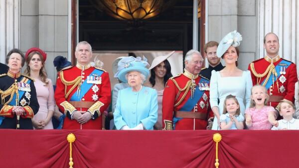 Meghan Markle aparece por primera vez en un acto oficial junto a la reina