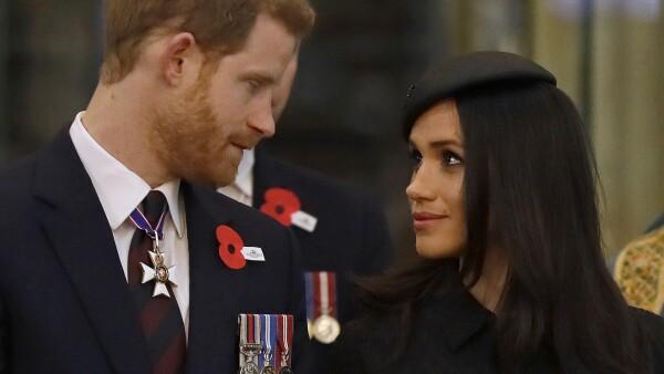 El príncipe Enrique y Meghan pintan para ser la mejor pareja real británica