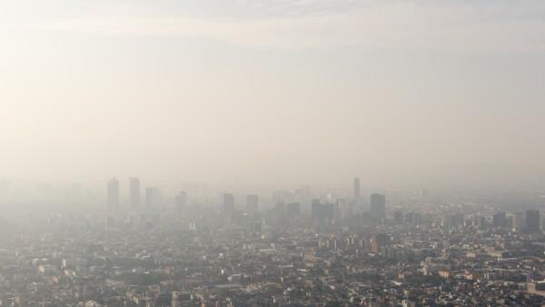 Mexico City skyline and smog