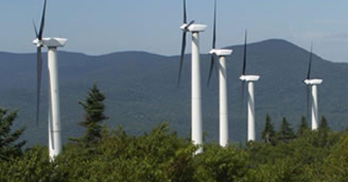 La Cofece dice que la última modificación al mercado eléctrico favorece a la CFE