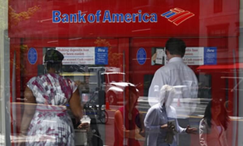 Los bancos corren grandes riesgos si la economía en EU sigue ralentizándose, dice el especialista financiero Terry Morris. (Foto: Reuters)