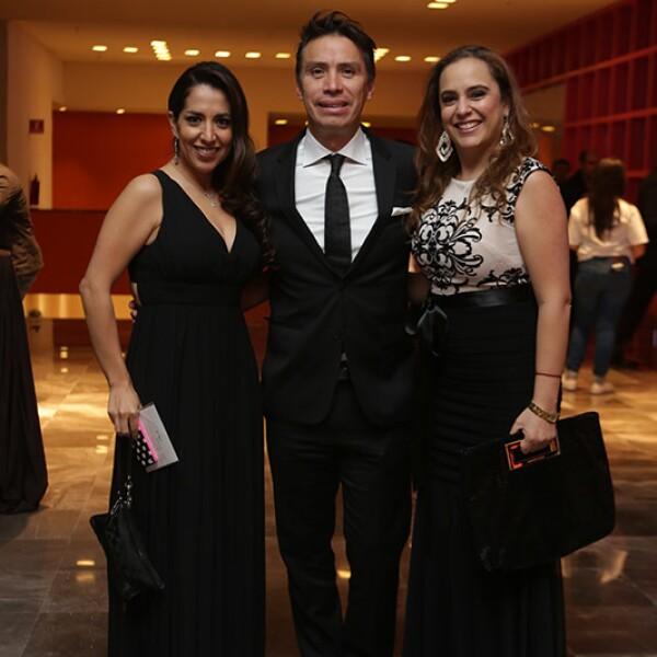 Érika Gómez,Ricardo González y Claudia Padierna