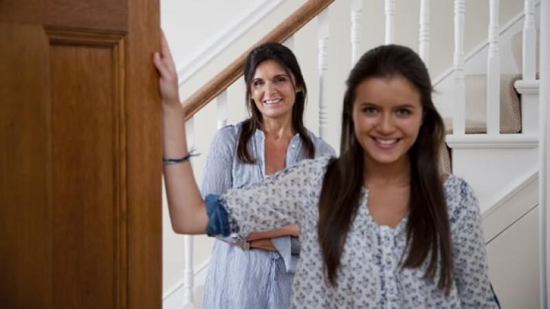 d957e2a0cea Por qué las mamás se visten como sus hijas adolescentes