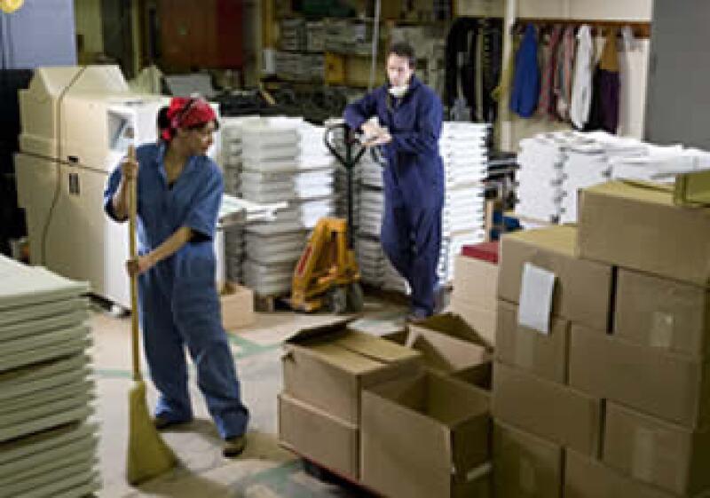 Respecto a abril, el empleo en mayo en manufactura se elevó 0.30%. (Foto: Photos to go)