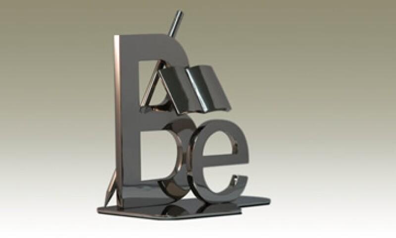 La empresa puede diseñar y producir piezas de hasta 3 metros de altura en metales preciosos. (Foto: Cortesía Fátima Castelán)
