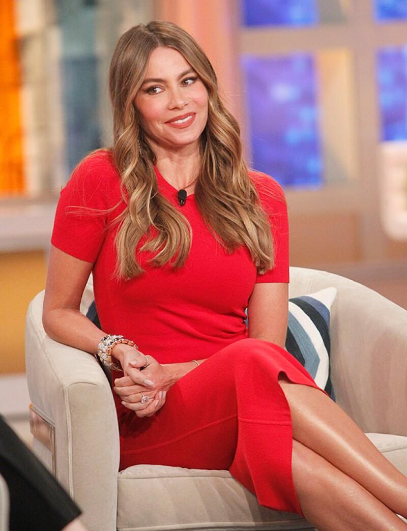 Ha resurgido un video de 2003 donde el actor entrevista a Sofía, que recién llegaba a Hollywood, ahora que se sabe los abusos sexuales que cometía, resulta muy incómodo ver esta entrevista.