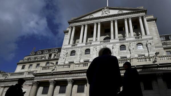 Ocho de los 9 miembros del Banco de Inglaterra votaron a favor de mantener las tasas de interés.