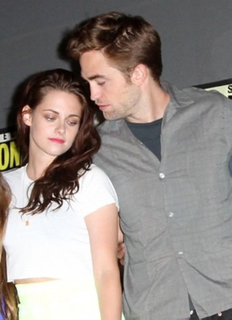 Kristen y Robert también estuvieron muy cariñosos entre ellos durante el Comic Con en junio.