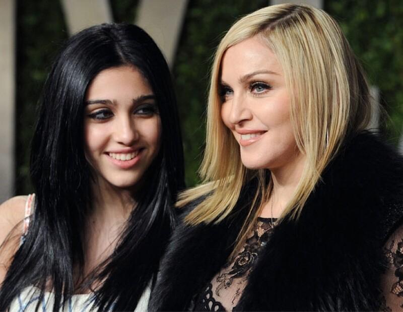 Por motivo de su cumpleaños número 16, la reina del pop le dio tremendo obsequió a Lourdes en respuesta a su petición de indepenedencia.
