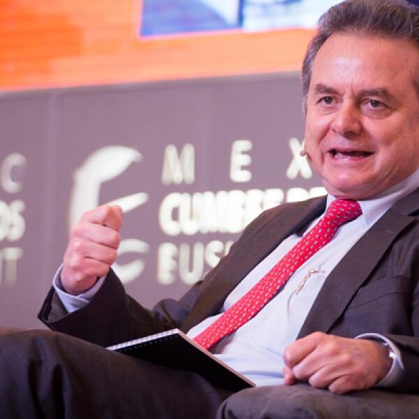 El sector energético fue uno de los temas tratados en el segundo día de actividades. El titular de Energía, Pedro Joaquín Coldwell, anunció el plan de realizar 4 rondas de licitaciones en el sexenio.