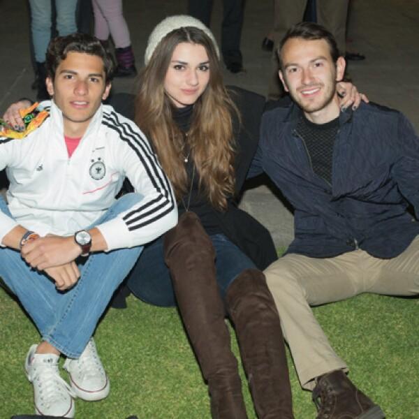 Claudio Ibarguén, Mariana Castillón y Felipe Aguirre