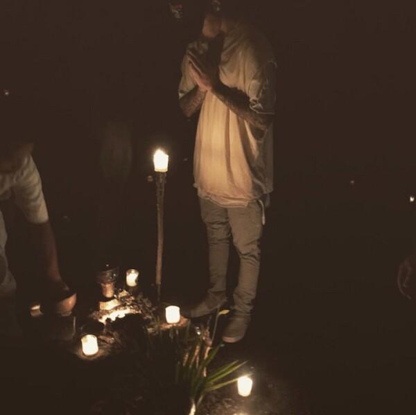 Justin Bieber participó en una ceremonia espiritual en la Riviera Maya.