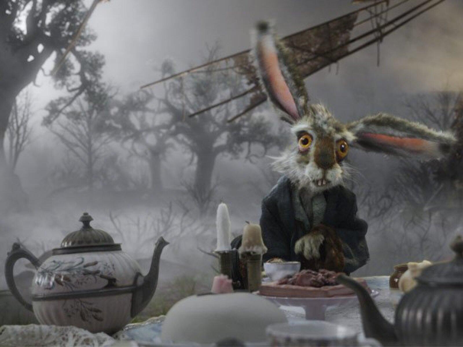 La Liebre de Marzo es el anfitrión de las Meriendas del Sombrerero en su Casa de la Liebre.
