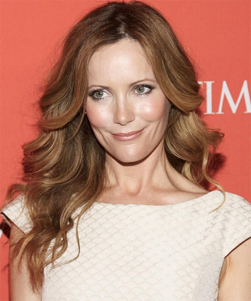 La actriz de cine y televisión no dudo en visitar a Oliver para conseguir un look jovén y fresco