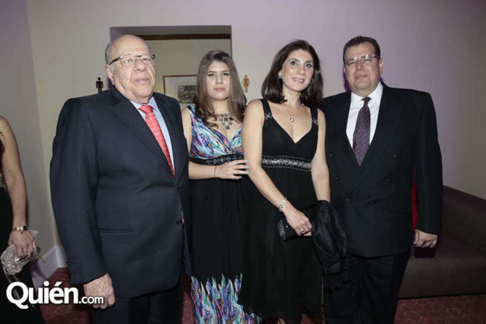 Pablo Suinaga Lanz Duret,Laura Suinaga Duret,Laura Sada,José Suinaga