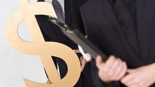 Los fraudes en tarjetas de crédito son más costosos para los bancos porque 4 de cada 10 se resuelven a favor del cliente. (Foto: Thinkstock)