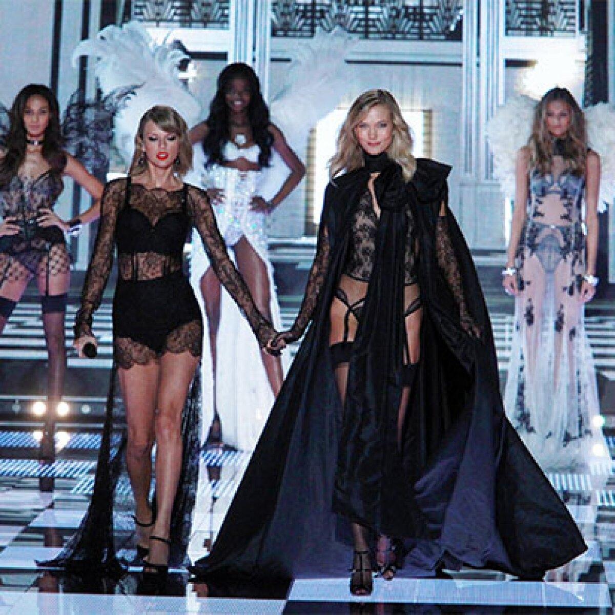 Karlie Kloss quiere convertir a Taylor Swift en ángel de VS
