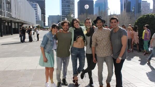 El cantante estuvo en el viejo continente para después viajar a Nueva York y de ahí regresar a México para su concierto.