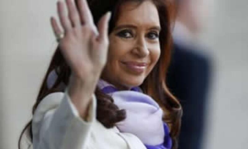 Un juez de EU dictaminó que Buenos Aires debe pagar a sus acreedores internacionales. (Foto: Reuters)