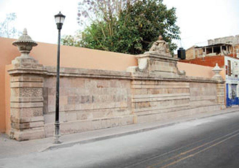 NUEVAS MONAS. Tras un profundo trabajo de intervención, el monumento volvió  a adquirir su majestuosidad dentro del contexto urbano de la ciudad guanajuatense.  (Foto: José Francisco Ignacio Maldonado González)