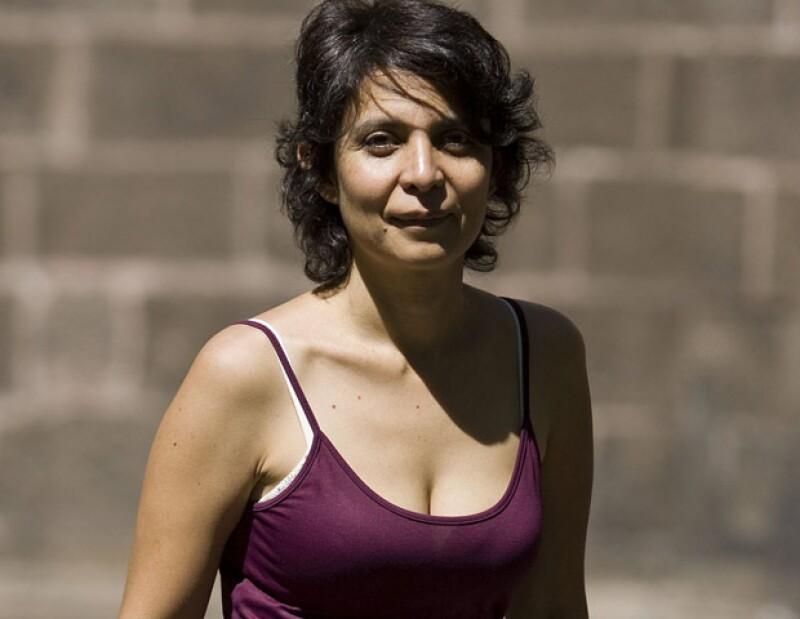 La cineasta Kenya Márquez obtuvo este sábado el Colón de Plata a la Mejor Dirección por su película Fecha de Caducidad, en la 38 edición del Festival de Cine Iberoamericano de Huelva.