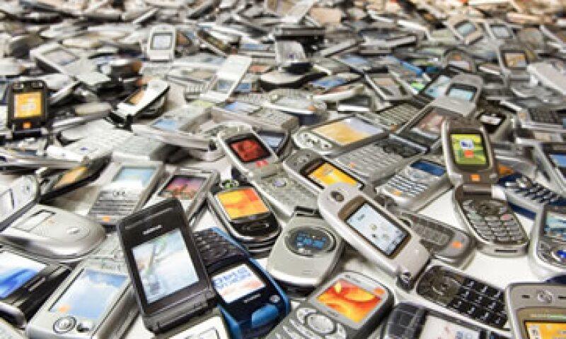 Las direcciones electrónicas asociadas a los teléfonos denominados inteligentes también serán desactivadas. (Foto: Getty Images)