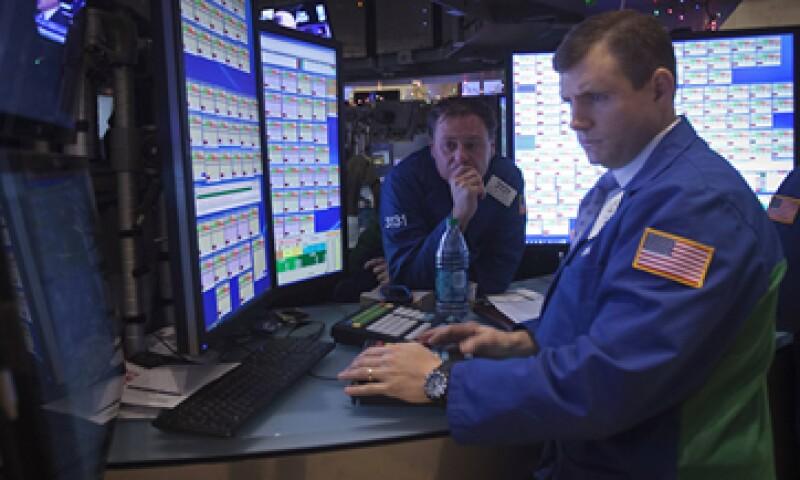 Un fuerte crecimiento económico de EU impulsa los mercados. (Foto: Reuters )