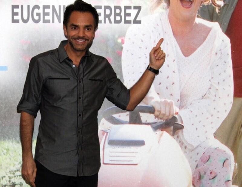 El comediante mexicano ha recibido muy buenos comentarios del público, a pesar de que la cinta Jack & Jill fue calificada por la crítica especializada como la peor pelicula del año.