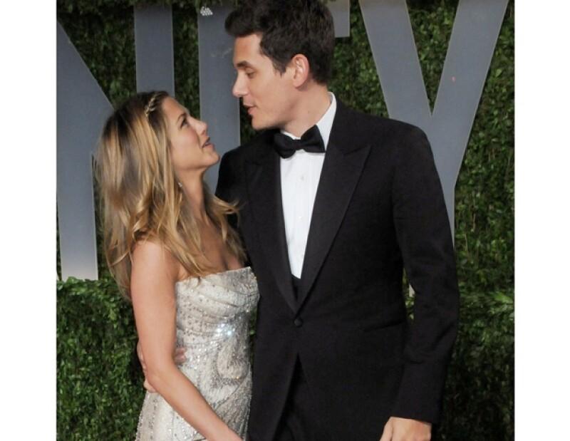 Aniston y Mayer tuvieron una relación de noviazgo en 2009.
