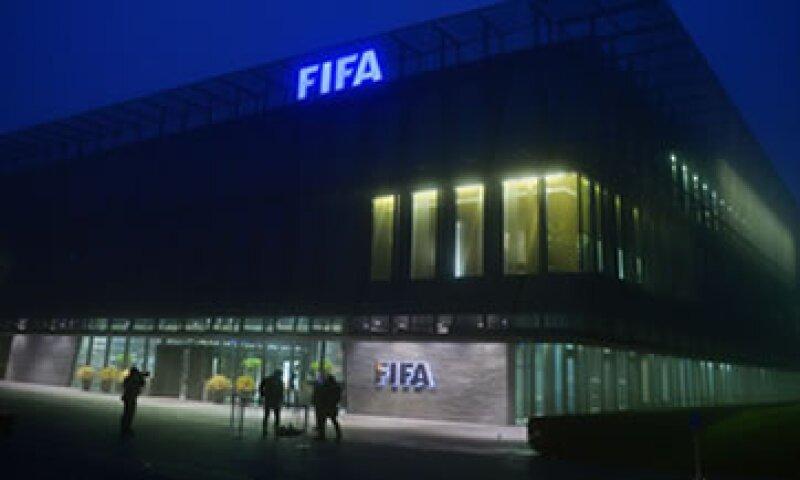 """El Ministerio Público señaló que en este caso de corrupción en la FIFA, la Fiscalía contra el Crimen Organizado """"continuará diligencias investigativas en coordinación con los Estados Unidos"""". (Foto: EFE )"""