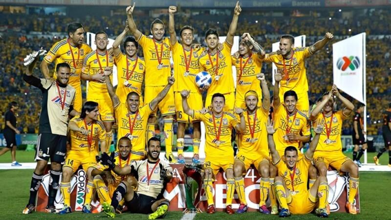 Los Tigres de la UANL se coronaron campeones de la Copa MX este miércoles al vencer 3-0 a los Alebrijes de Oaxaca