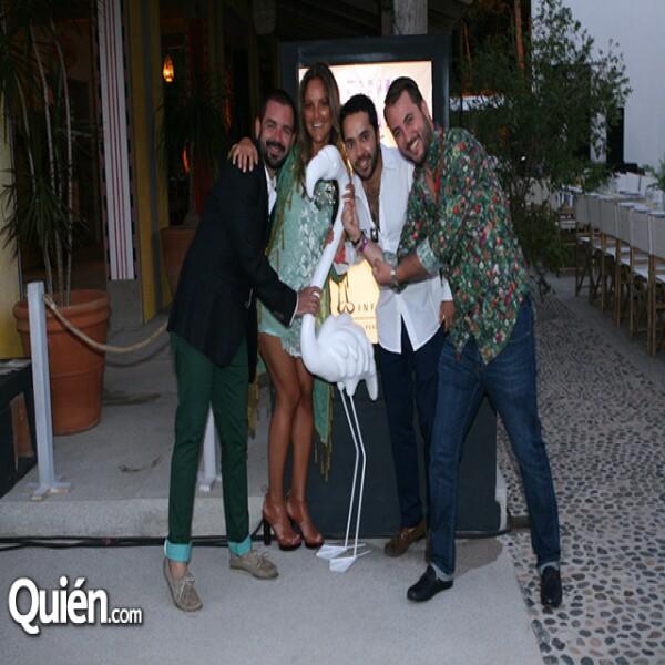Alejandro Serratos,Alejandra Martínez,Alex Bracho,Victor Martínez